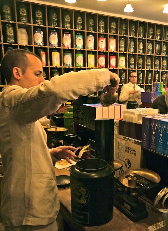 Mariage Freres tea weigh
