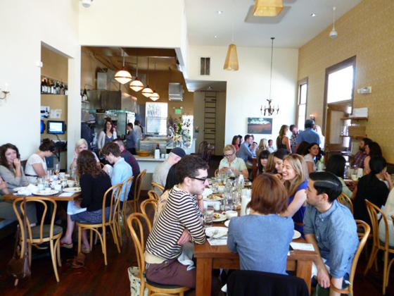 crowd at Heirloom Cafe for Kinfolk brunch