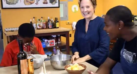 Alice Waters Partners with Hyatt on Organic Kids' Menu