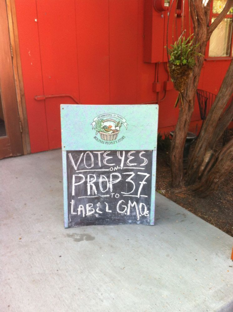 These signs are often found at farmers markets and health food stores. The country will be watching what California decides. Photo: Maria Finn