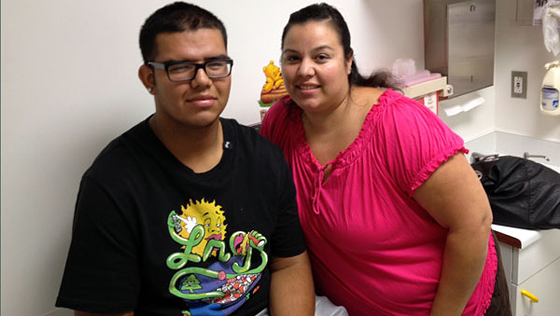 Jorge Cota and his mom Linda Ramos at Children's Hospital in Oakland. Photo: Mina Kim/KQED