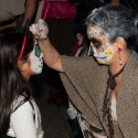 Face painting at  Dia de los Muertos in SF Mission. Photo: Naomi Fiss