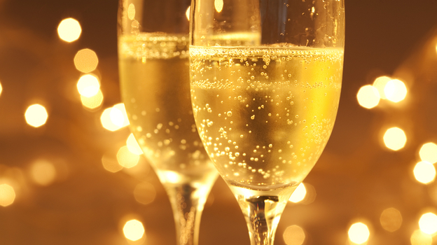 The bubbles in champagne tickle the tongue and transfer wonderful aromas to the nose. Photo: iStockphoto.com