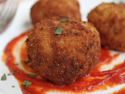 Beer and Gouda Fried Risotto Balls (Arancini)