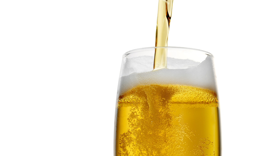 The process that turns this beer crystal clear also may impart trace amounts of arsenic. Photo: istockphoto.com