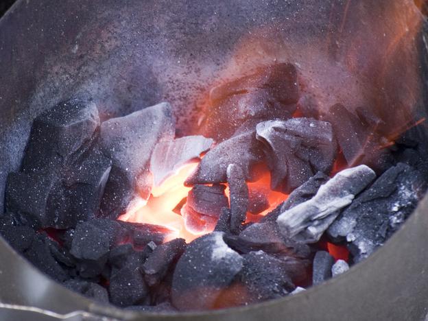 The Great Charcoal Debate: Briquettes Vs. Lumps?
