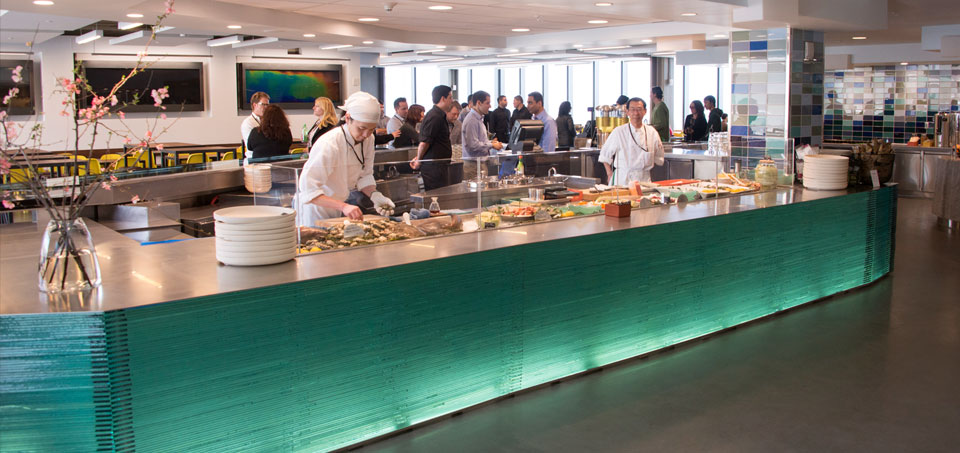 Visitors to the Exploratorium's Seaglass restaurant can order from a raw bar full of sustainable seafood. Photo: Gayle Laird