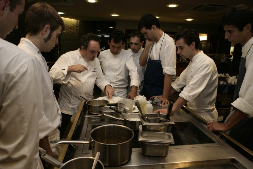 Ferran Adrià with his team at El Bulli. Photo: Maribel Ruaz de Erenchun/Courtesy of Somerset House
