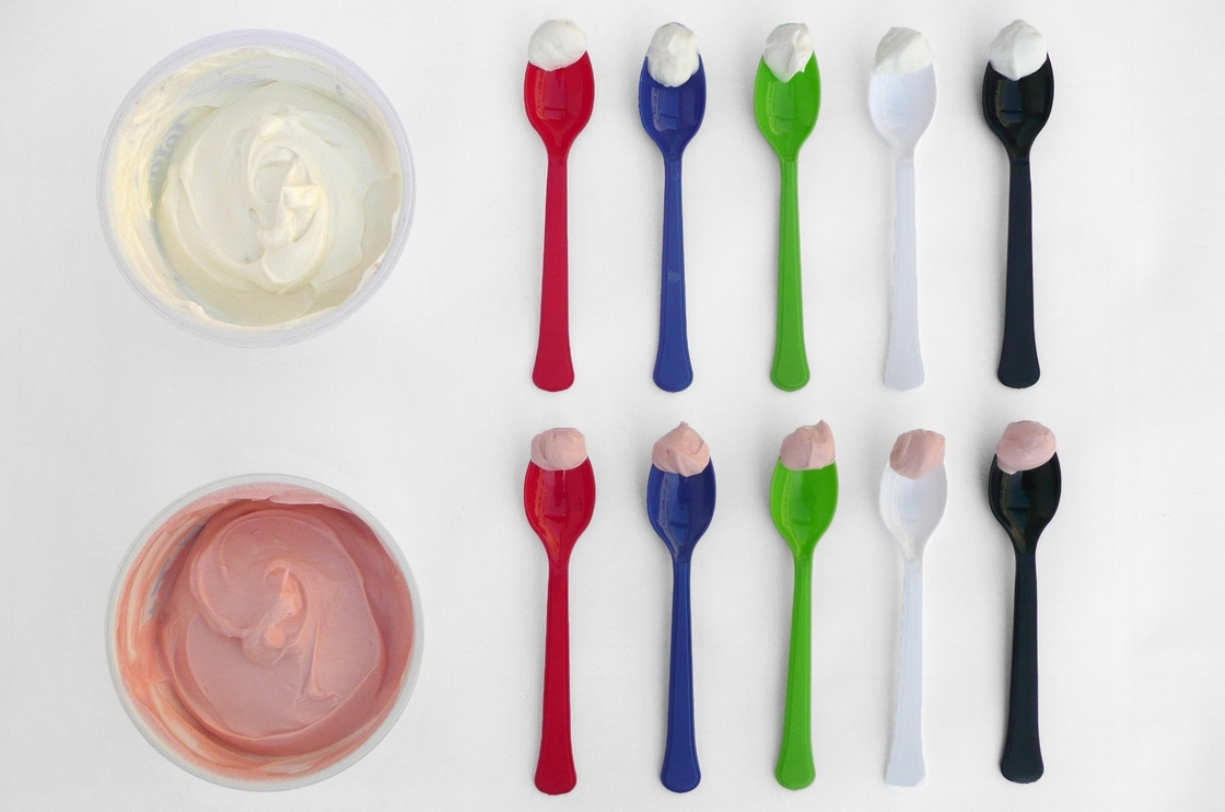 Which spoonful of yogurt looks the tastiest? Studies show people tend to eat less when their dishes are in sharp color-contrast to their food. Photo: Elizabeth Willing/Courtesy Flavour