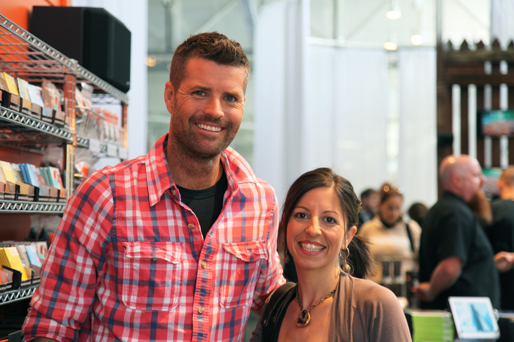 Chefs Pete Evans and Cortney Burns at Cookhouse. Photo courtesy of Moveable Feast with Fine Cooking