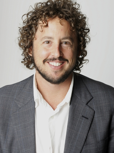 Allen Salkin is an investigative journalist who's hosted a video series for AOL's Slashfood blog and written for <em>The New York Times</em>. Photo: Earl Wilson