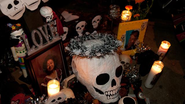 Hauntingly Beautiful Photos from San Francisco's Celebration of Día de los Muertos (Day of the Dead)