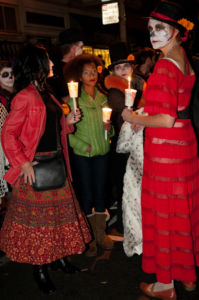 Family: candlelight vigil / procession. Photo: Naomi Fiss
