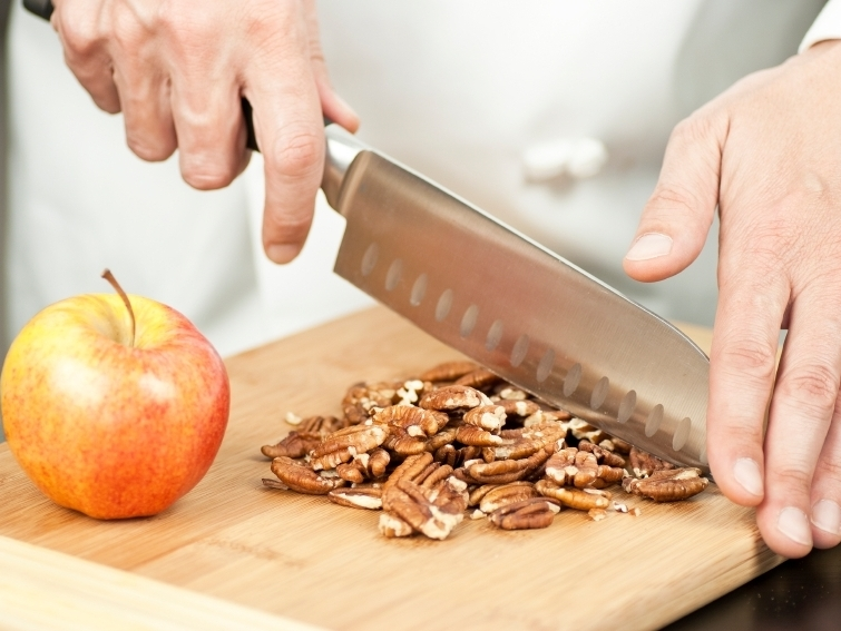 Regular nut consumers had about a 20 percent reduction in all-cause mortality, including lower death rates from heart disease and cancer, a study found. Photo: iStockphoto