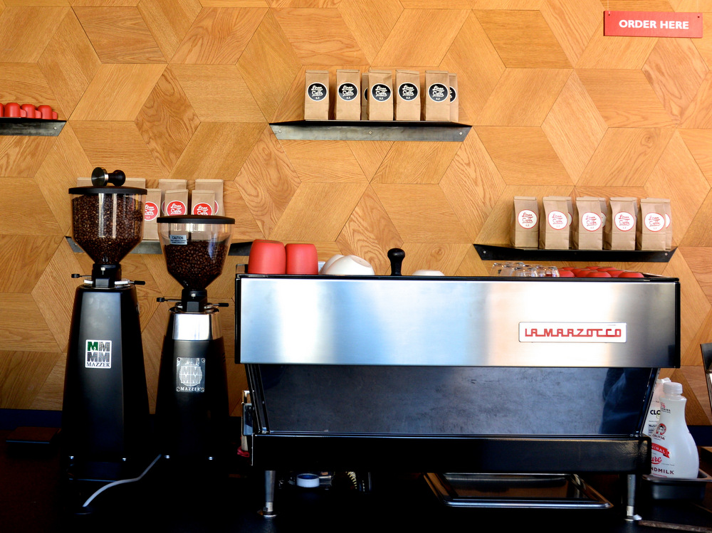 Linea Caffe exclusively serves espresso drinks made to order using their La Marzocco Linea machine. Photo: Emmeline Chuu.