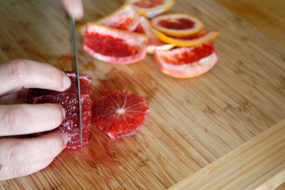 Cut the orange into slices. Photo: Wendy Goodfriend
