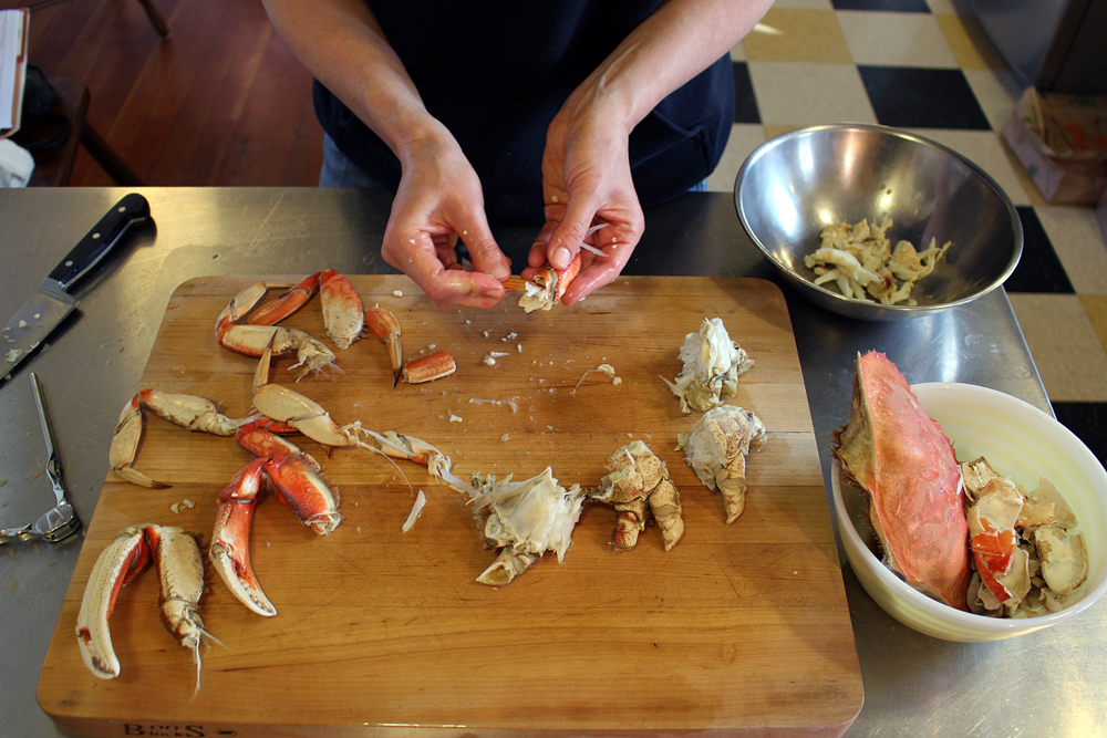 If you don't have a crab fork, use the sharp, pointed end of the leg to dig meat out of the claws and crevices. Photo: Wendy Goodfriend