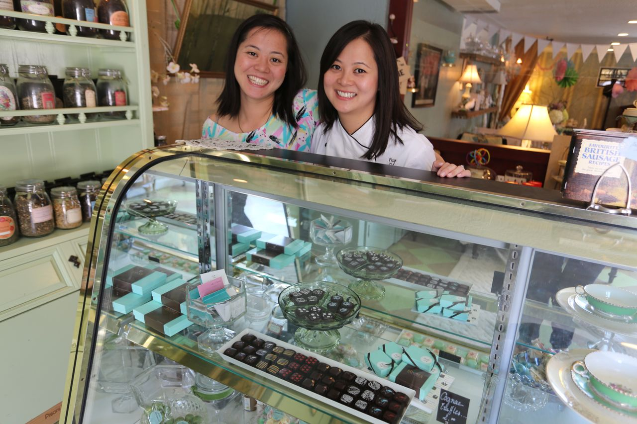 Susan Lieu, left, with her sister Wendy of Socola Chocolatier. Photo courtesy of Socola Chocolatier