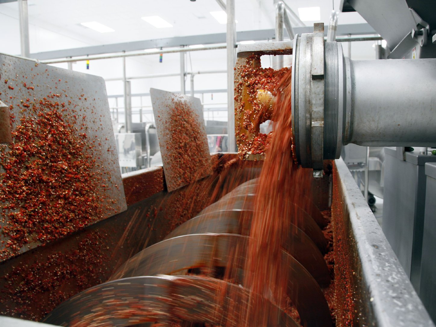 All heat and spice inside the Huy Fong Foods grinding rooms. Photo: Nick Ut/ASSOCIATED PRESS