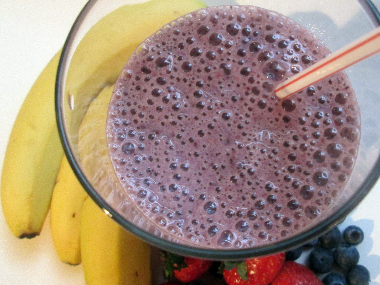 Banana Berry Smoothie With Almond Milk. Photo: Laura B. Weiss/NPR
