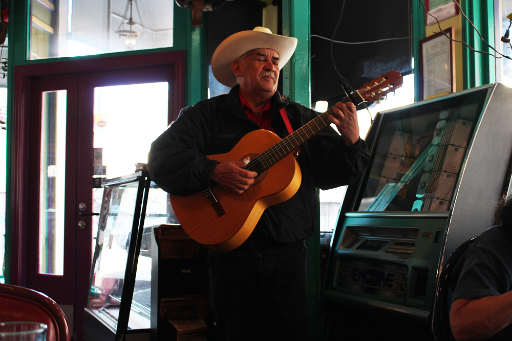 Guitarist in SanJalisco. Photo: Wendy Goodfriend
