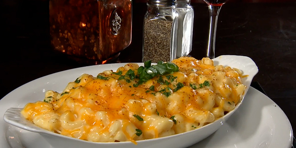 Macaroni and Cheese at Old Skool Cafe