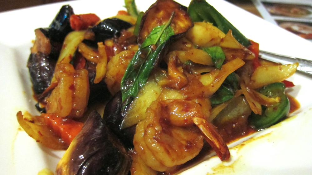 Talay yao (sauteed seafood & eggplant)