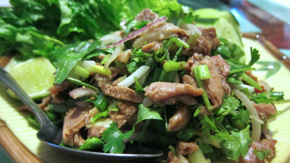 Larb ped (duck salad)