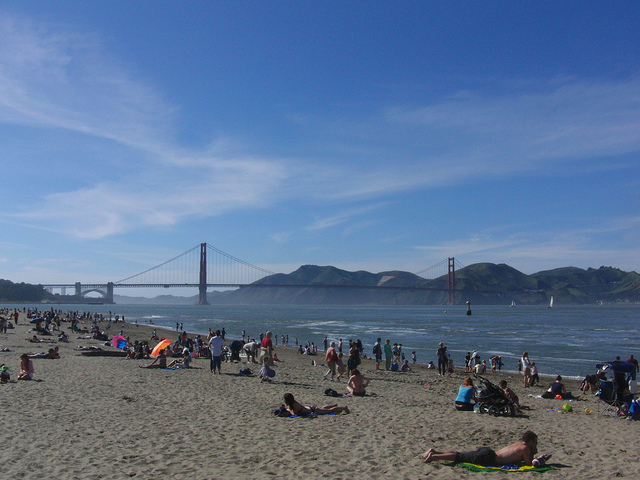 Warm summer days send San Franciscans fleeing to the beaches. Photo: Simon Bisson/Flickr