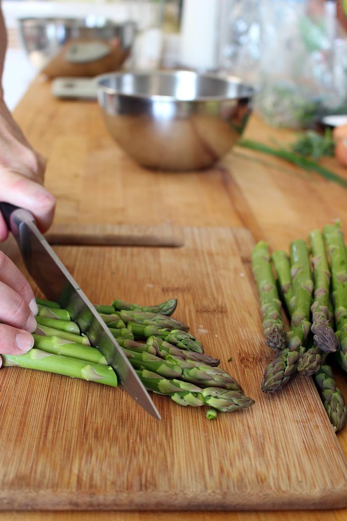 Cut asparagus into 3/4 pieces. Photo: Wendy Goodfriend