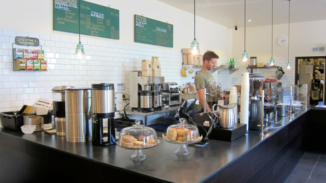 Newcomer Kilovolt Coffee Lights Up West Oakland