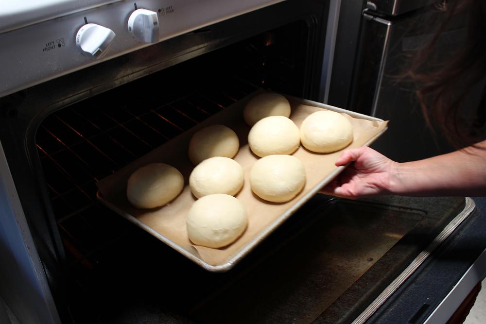 Bake the buns 15-18min