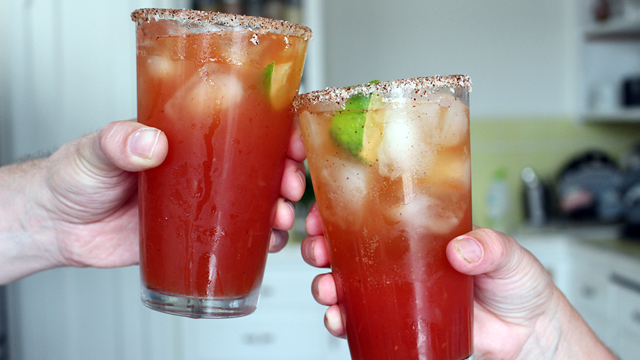 Make Spicy Micheladas: The Perfect Beer Cocktail for Father's Day