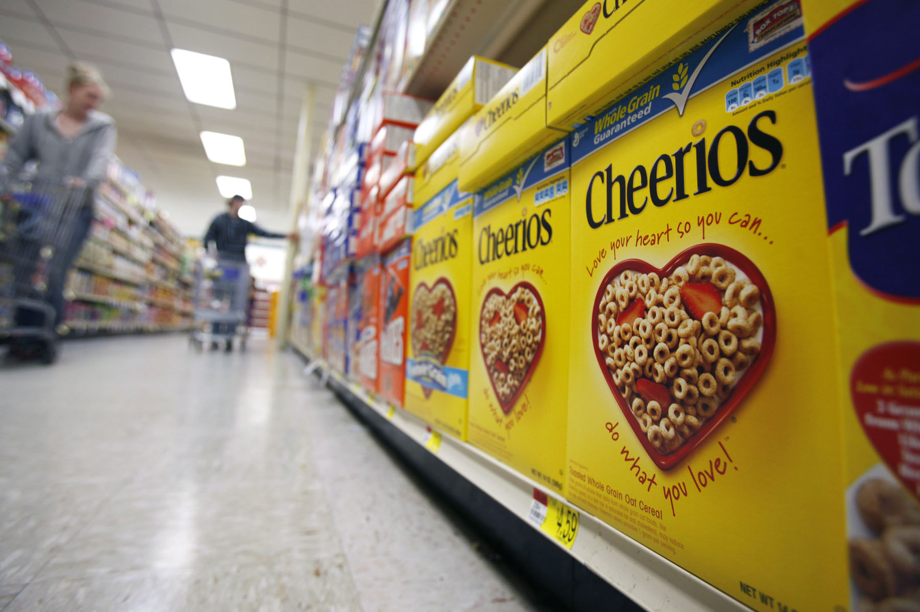 General Mills' Original Cheerios are now GMO-free. But you won't find a label on the box highlighting the change. Photo: David Duprey/AP