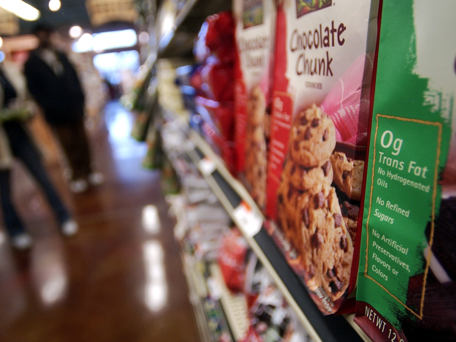"About 84 percent of food products that contain trans fats still carry a ""zero gram"" label, which may mislead consumers, researchers say. Photo: Tony Dejak/AP"