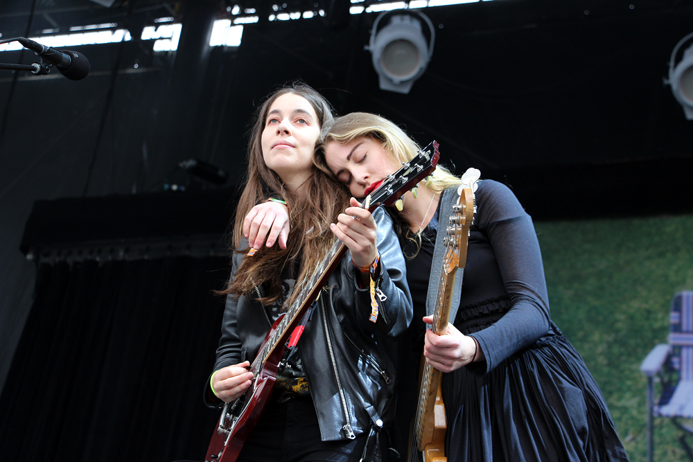 Danielle and Este Haim.  Photo: Wendy Goodfriend