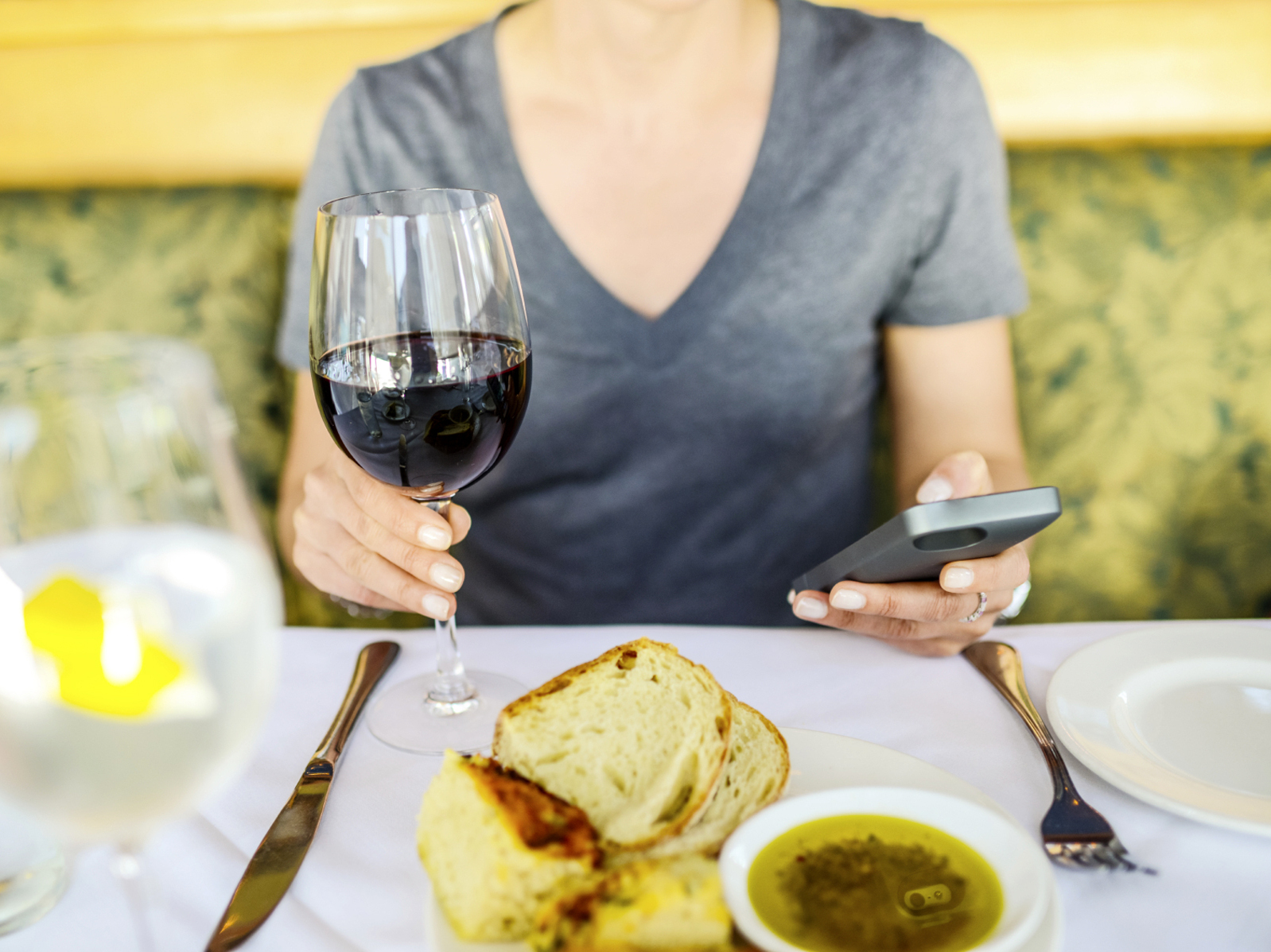 Your Waiter Wants You To Put Down Your Phone