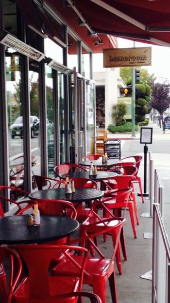 Homeroom's sidewalk seating. Photo: Adrienne DeAngelo