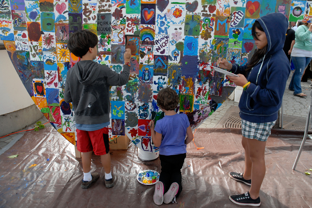 Kids painting at Eat Real Festival 2011. Photo: Wendy Goodfriend