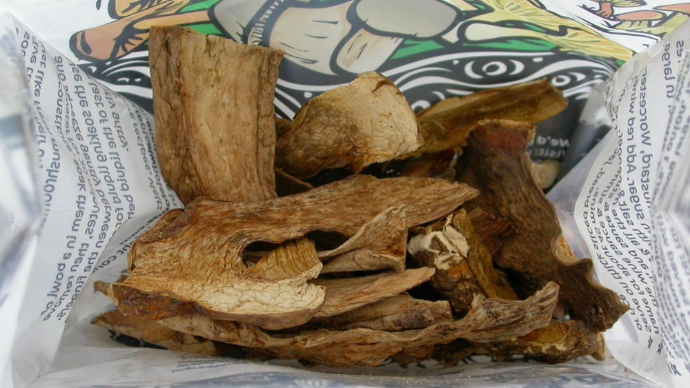 This grocery store packet of porcini mushrooms contained a surprise: three species of fungi never before named or described. Photo: Bryn Dentinger/Royal Botanical Gardens, Kew