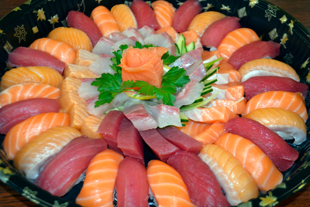 If you hire L'Chaim Sushi to cater an event, you may get a platter like this. Photo: L'Chaim Sushi