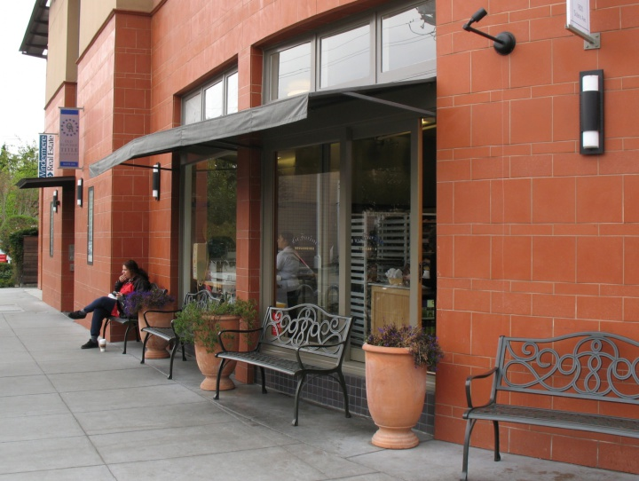 Vegan diner The Butcher's Son is moving into the retail space at 1820 Solano Ave. in Berkeley that, until July, housed La Farine. Photo: Trachtenberg Architects