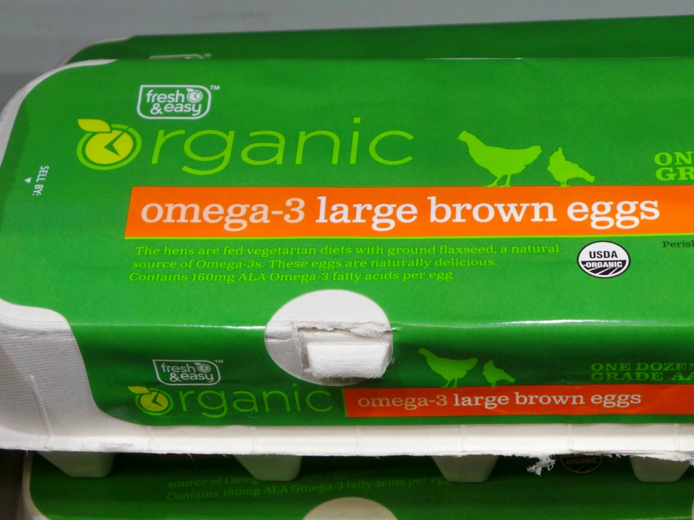Eggs labeled as organic and omega-3 for sale under the Fresh & Easy store brand on Oct. 14, 2014. Photo: SITS Girls/Flickr
