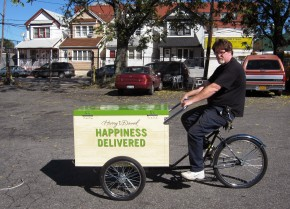 Worksman Cycles makes trikes for food vending and for general deliveries. Most of its customers are independent businesses, but some are larger national chains like gourmet food purveyor Harry and David, whose food bike is pictured above. Photo: Courtesy of Worksman Cycles