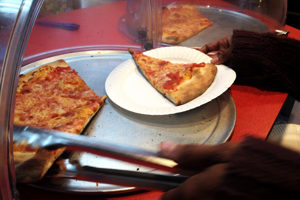 Pay-It-Forward Generosity at Pizza Place Helps to Feed the Homeless