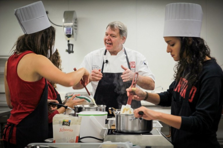 Cooking 101: Stanford Adds Healthy Eating Skills To The Curriculum