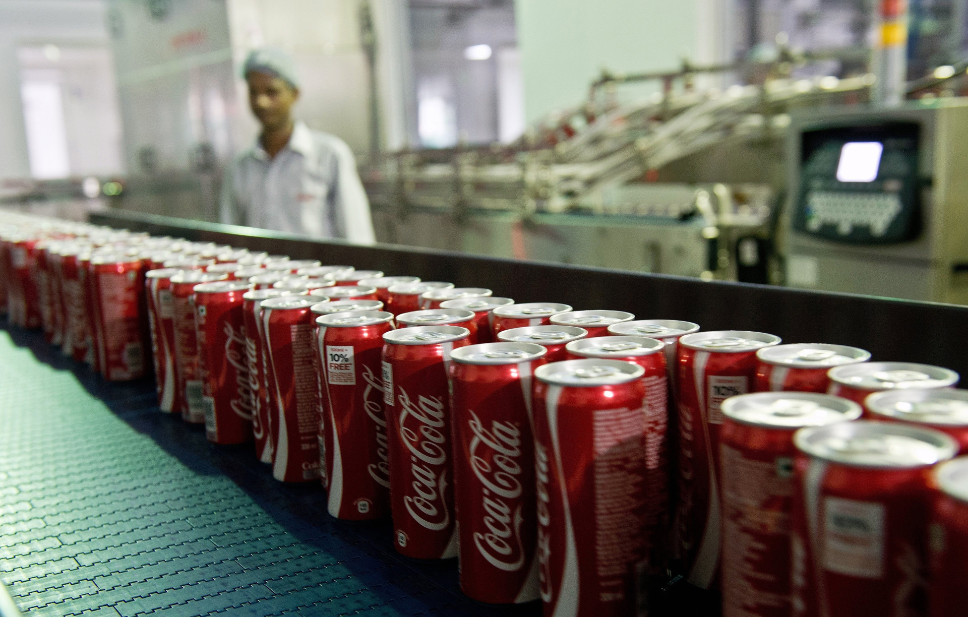 Coca-Cola cans on a production line at a bottling plant near New Delhi in 2013. The company decided in April 2015 not to build an $81 million bottling plant in southern India because local farmers said it might exhaust groundwater supplies.
