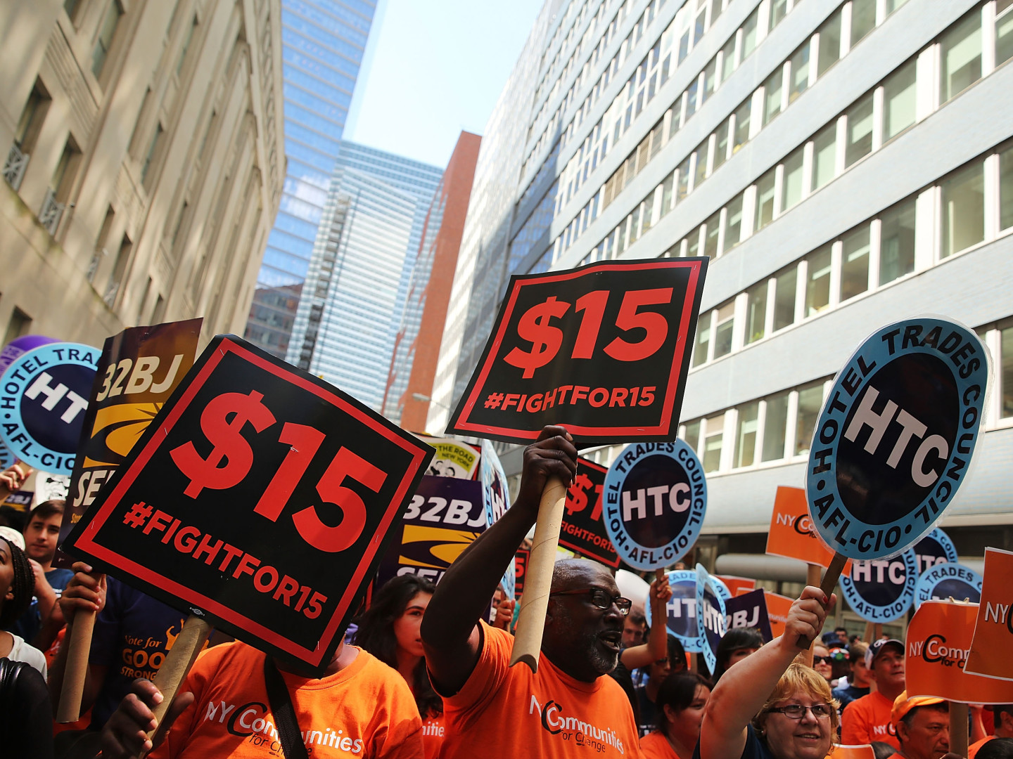 Fast-Food Workers Cheer As $15 Minimum Wage Advances In New York State
