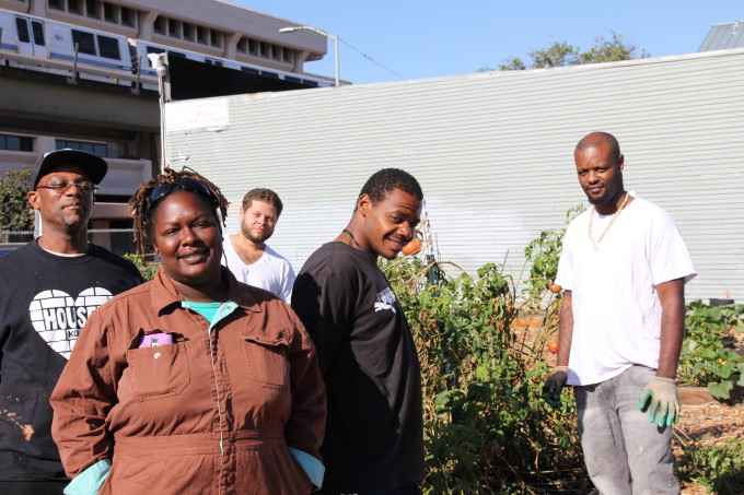 Former Black Panther Launches Oakland Urban Farm to Give Ex-Prisoners a Fresh Start
