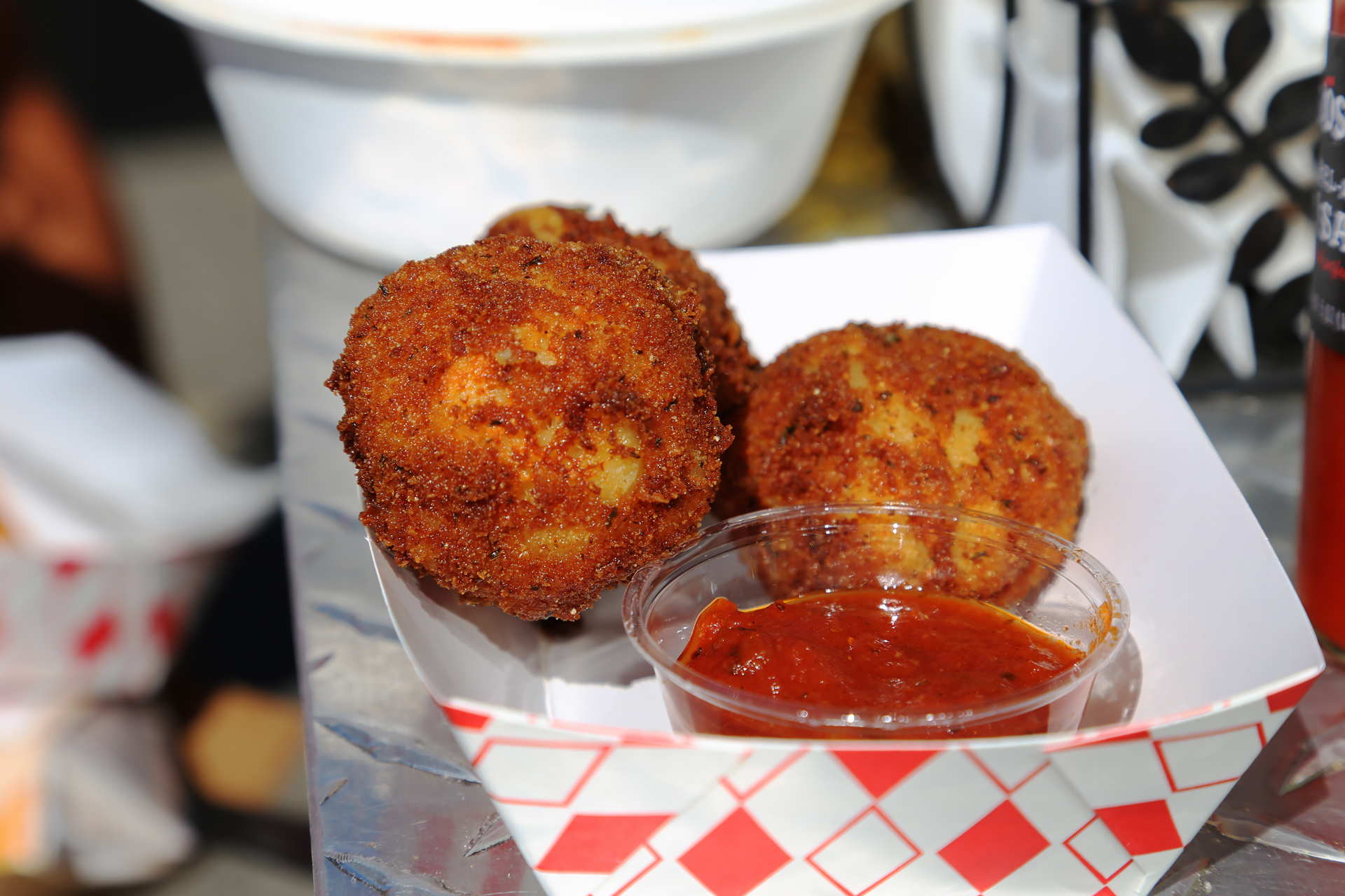 Southern Comfort Kitchen: Fried Mac & Cheese balls